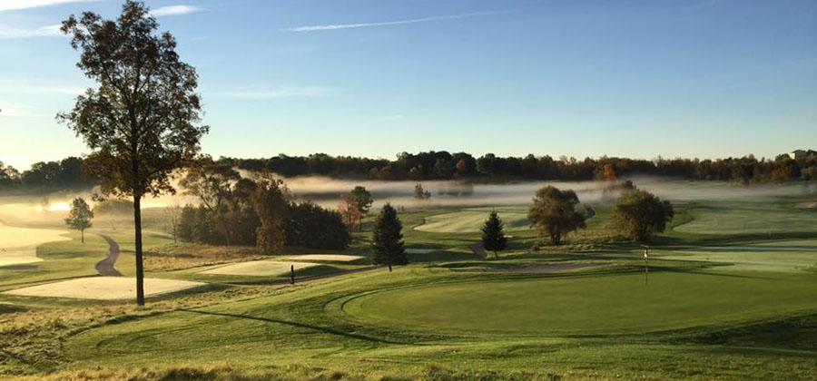 golfer-new-york-parcours-golf-club-ravenwood