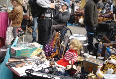 aqua-duck-flea-market-marche-puces-brooklyn-une