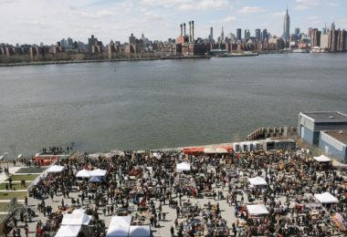 article-The_Brooklyn_Flea_at_Williamsburg