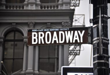 comedie-musicale-broadway-article