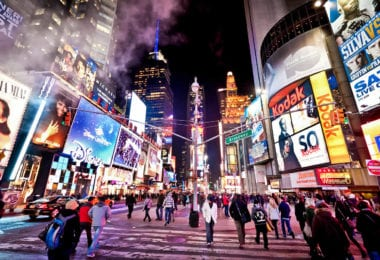 assister-a-comedie-musicale-spectacle-broadway-times-square-une-2