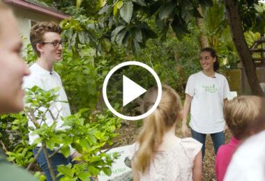 4 enfants, nos poubelles, des jardins, un vote