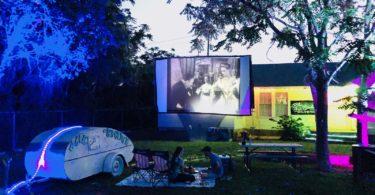 drive-in-movie-theater-cinema-plein-air-austin-une