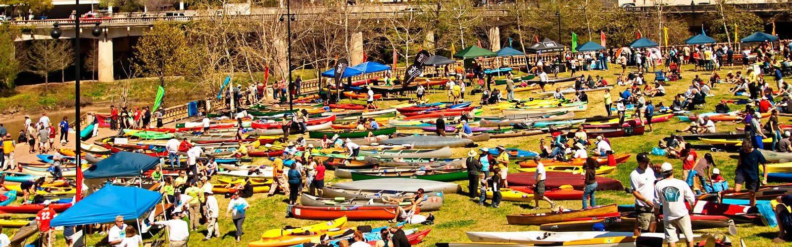 canoe-kayak-buffalo-bayou-houston-une