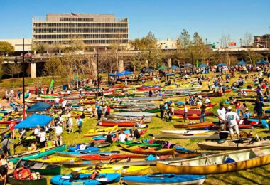 canoe-kayak-buffalo-bayou-houston-une
