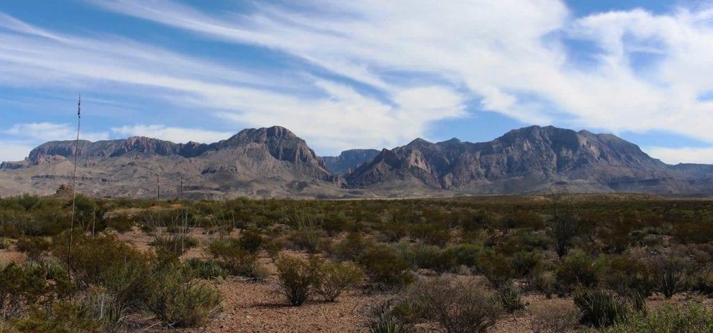 big-bend-national-park-texas-desert-montagnes-canyons-montagnes-chisos