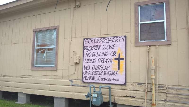texas-humour-affiches-pancartes-images-on-a-trouve-sa-maison