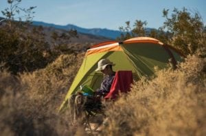 weekend-death-valley-californie-nevada-parc-national-usa-ubehebe-crater-camping