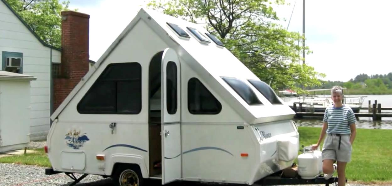 Camper faire du camping aux etats unis vid o french for Camping car de luxe avec piscine