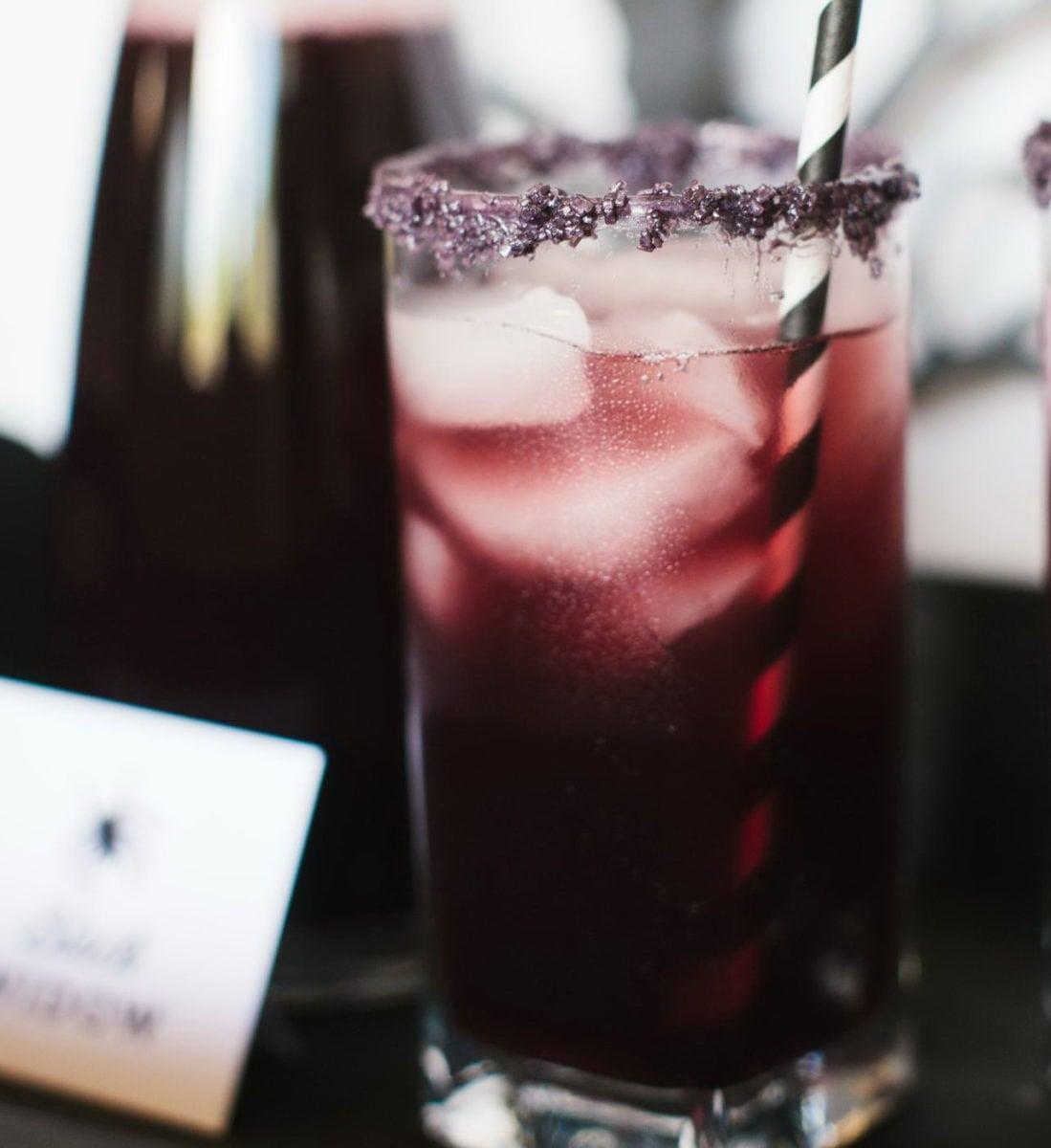 CI-Rennai-Hoefer_Halloween-cocktail-black-widow-close_v.jpg.rend.hgtvcom.1280.1707