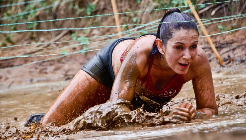 courses-obstacles-mud-run-concept-diapo