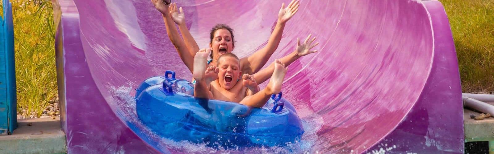 parcs-aquatiques-piscines-enfants-famille-une2