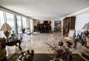 victor-lancry-remax-agent-immobilier-fort-lauderdale-2 (2)