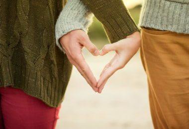austin-amour-couple-sorties-idees-romantiques-mayfield-park-une