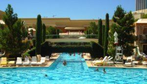 Las_Vegas,_NV_(The_Wynn,_Pool_2)